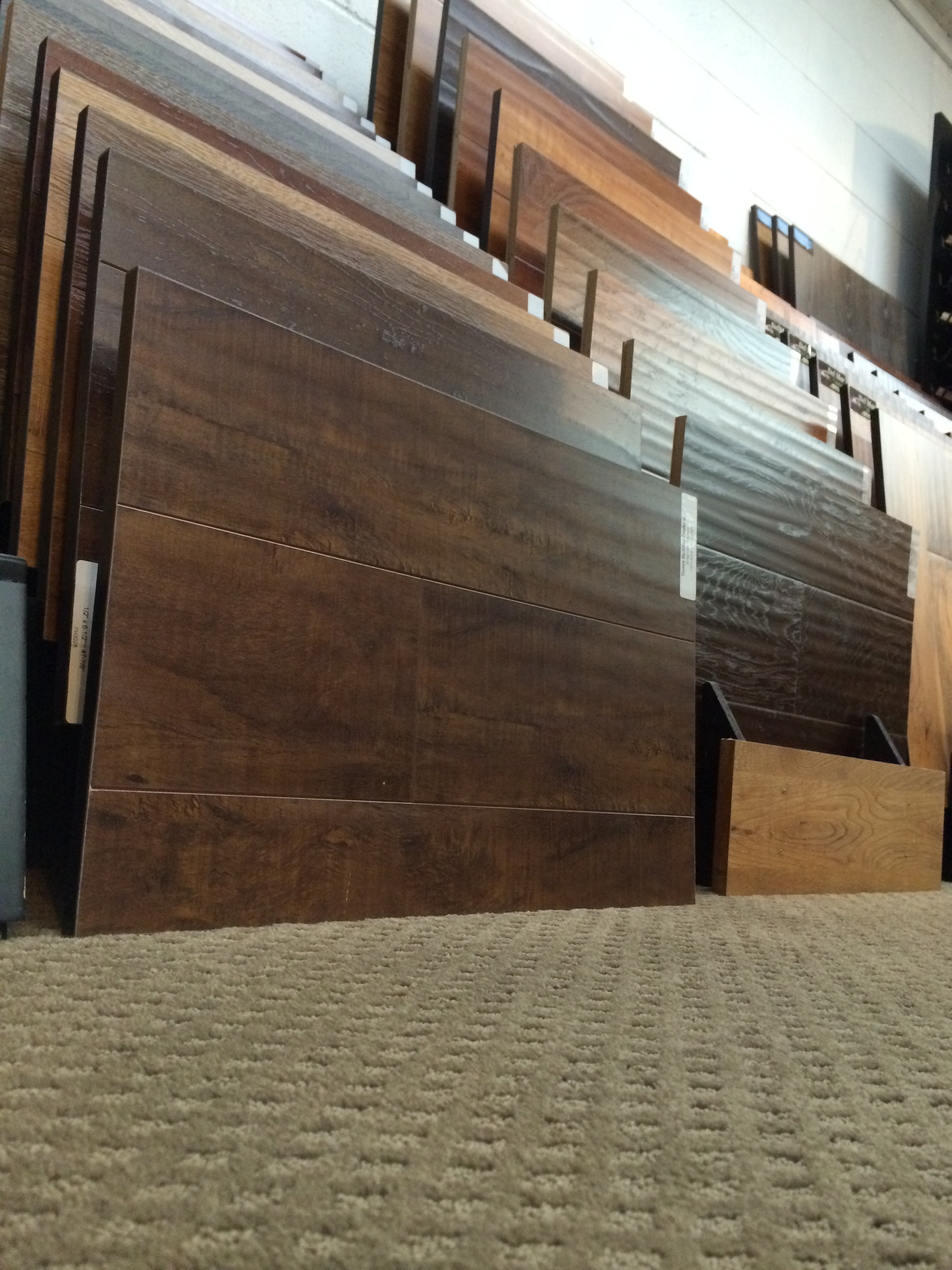 Laminate floor retailer concord ca diablo flooring for Laminate flooring retailers