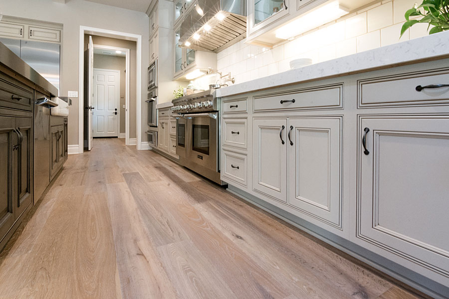 Provenza hardwood flooring collections diablo flooring for Old world floors